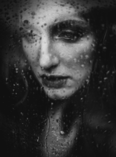 Katerina-Janisova-Creative-Portrait-Photographer-2