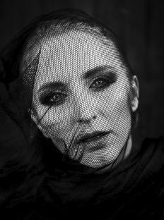 Katerina-Janisova-Creative-Portrait-Photographer-3