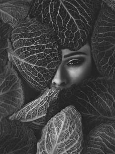Katerina-Janisova-Creative-Portrait-Photographer-4